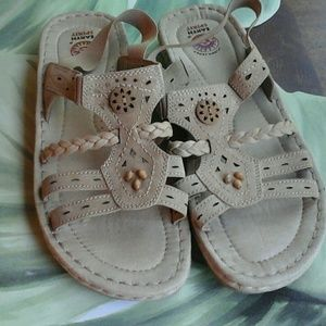 EARTH  SPIRIT  TAN  LEATHER  SANDALS  SIZE 11